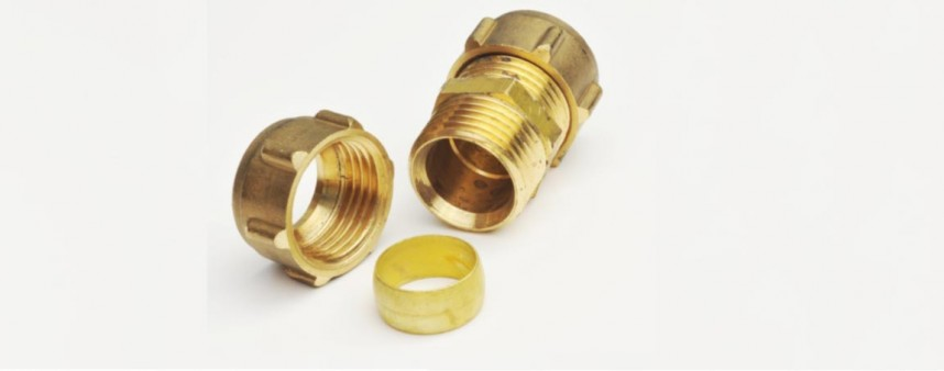 Single compression fitting